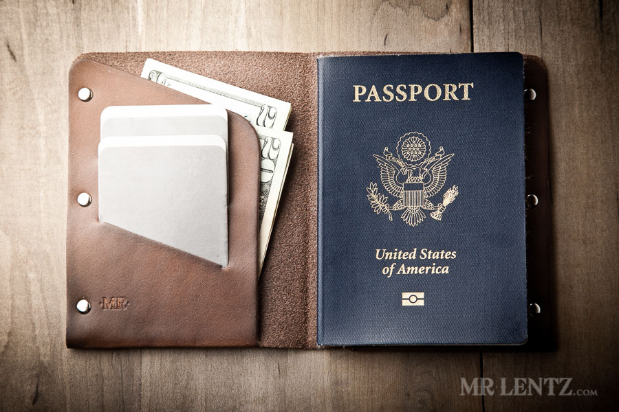 REVIEW – Mr. Lentz Leather Passport Wallet
