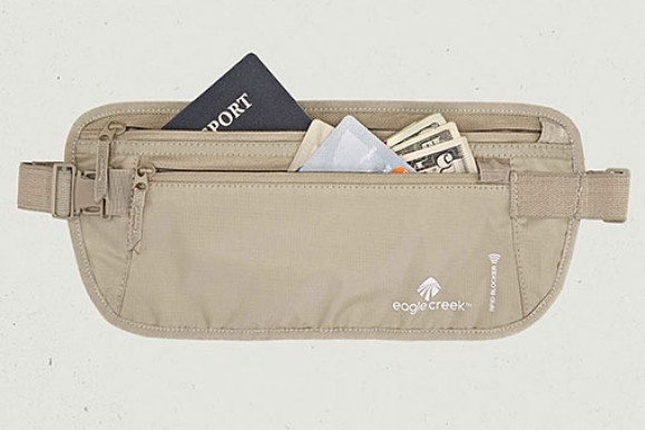 REVIEW – Eagle Creek RFID-Blocker Money Belt