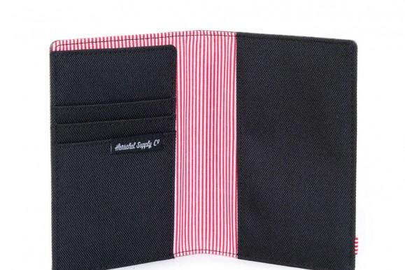 REVIEW – Herschel Supply Co. Raynor Passport Holder