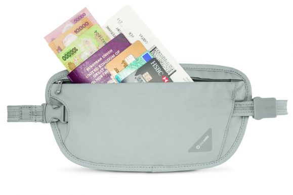 REVIEW – Pacsafe Coversafe X100 RFID Money Belt