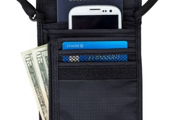 REVIEW – Travel Navigator Neck Wallet